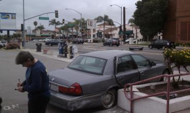 7th street car accident